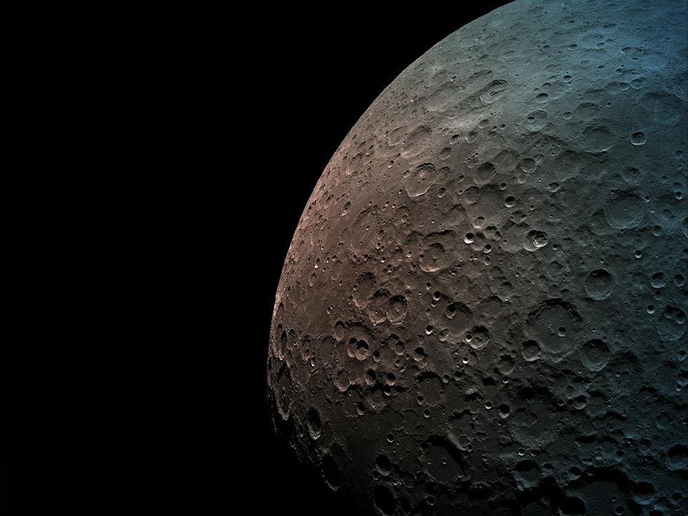 """""""לכידת הירח""""- התמרון המכריע של החללית """"בראשית"""" עבר בהצלחה; שידרה תמונות מהצד הרחוק של הירח"""
