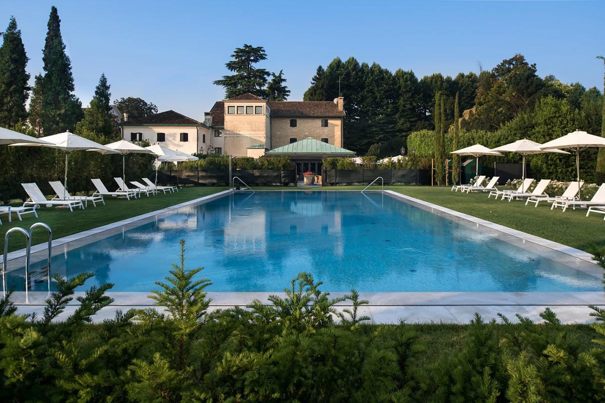 Villa Franceschi Pool.jpg