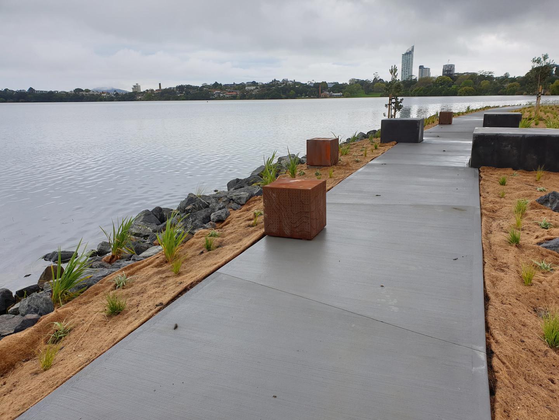 Lake Pupuke Walkway