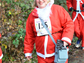 Midlands Based Events Photographer: Rainbows Hospice for Children and Young People - Santa Run