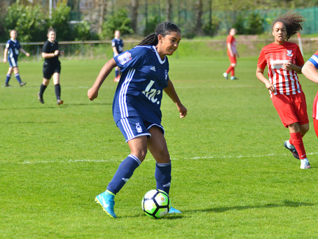 Official Nottinghamshire FA Sports Photographer: Gedling Southbank Girls FC Vs.Nottingham Forest Lad