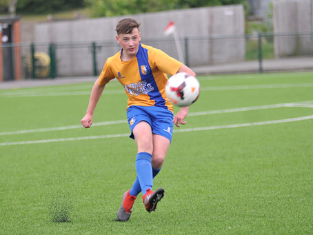 Official Nottinghamshire FA Sports Photographer: Nottingham Elite FC Vs. Mansfield Town Youth FC