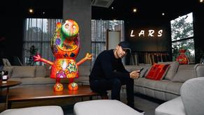 Lars abriendo fronteras con sus esculturas