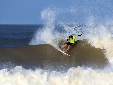 Estas son las mejores playas para practicar surf en Uruguay