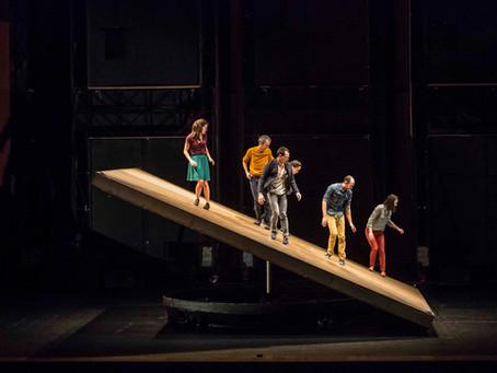 No se pierda al Centro Coreográfico Nacional de Grenoble desafíando la gravedad en Teatro Digital