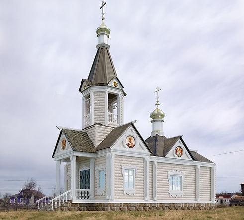 Храм Петра и Павла Варзуга.jpg