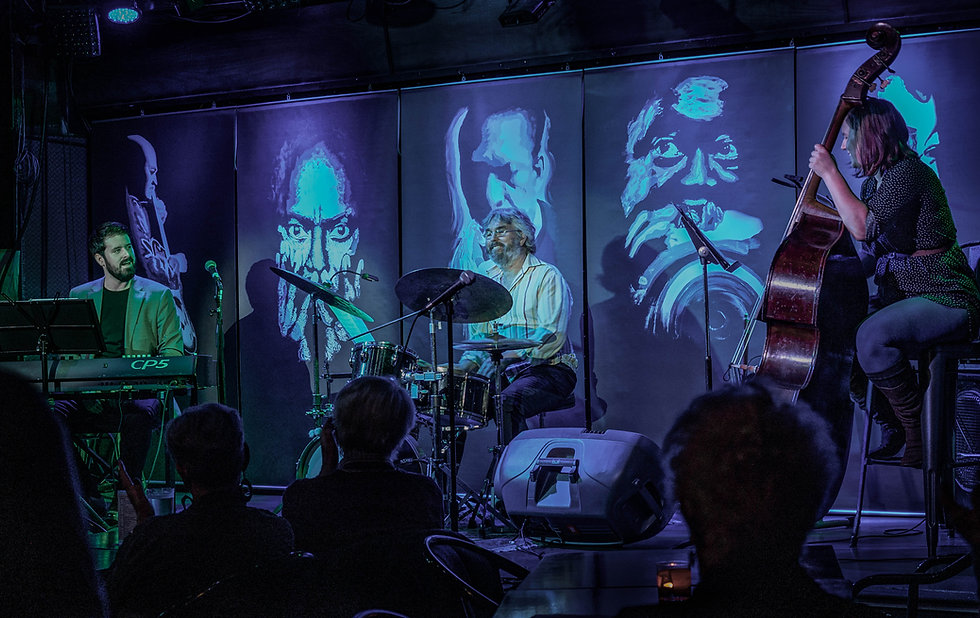 Patrick Courtin Trio2.jpg