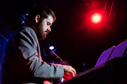 Patrick Courtin piano1 (photo Don Tait).