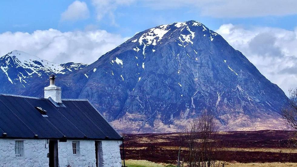 812113 Mourne Mountain Maison