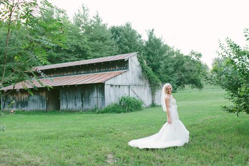 Weddings at Lake Lyndsay