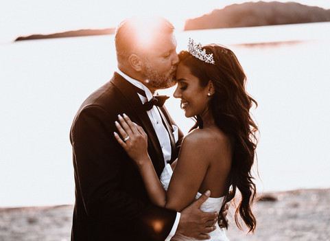 kissing bride on forehead
