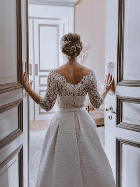 bare back wedding dress
