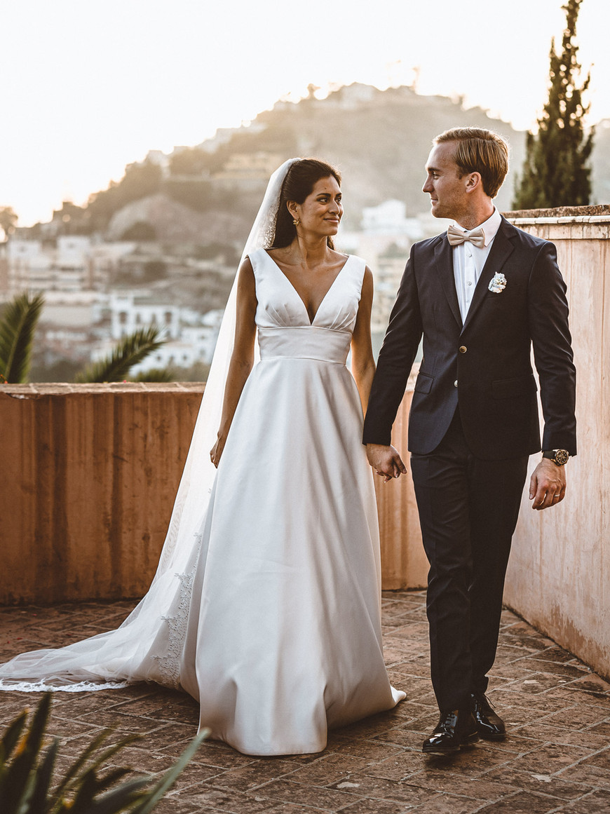 Husband and wife in Spain