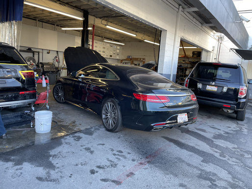 What Is the Difference Between an Auto Repair Shop and an Auto Body Shop?