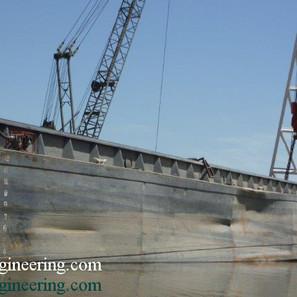 Barge-3.jpg