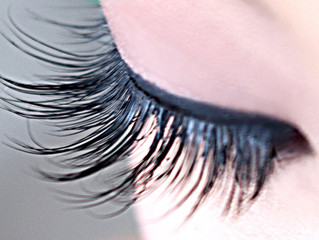 Your eyelashes: a seductive secret