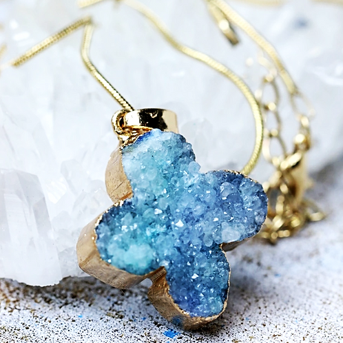 Natural Blue Druzy Geode Gold Pleated Necklace