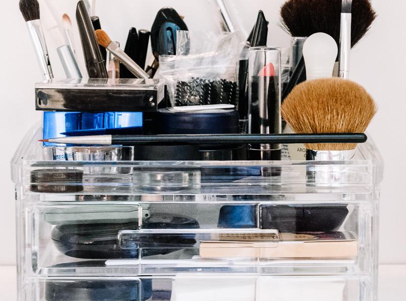 Clean Make up