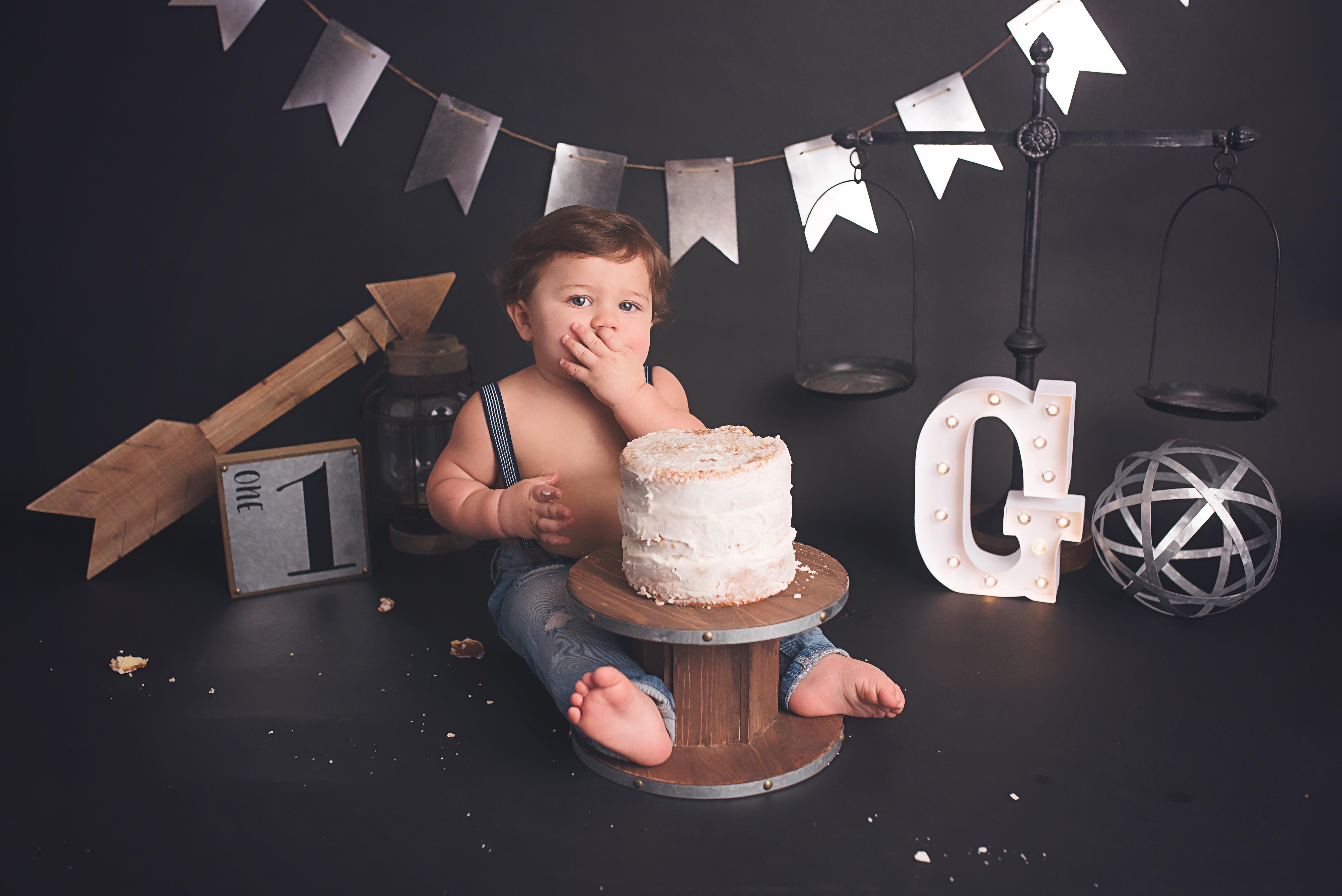 cake smash photographer Raleigh NC