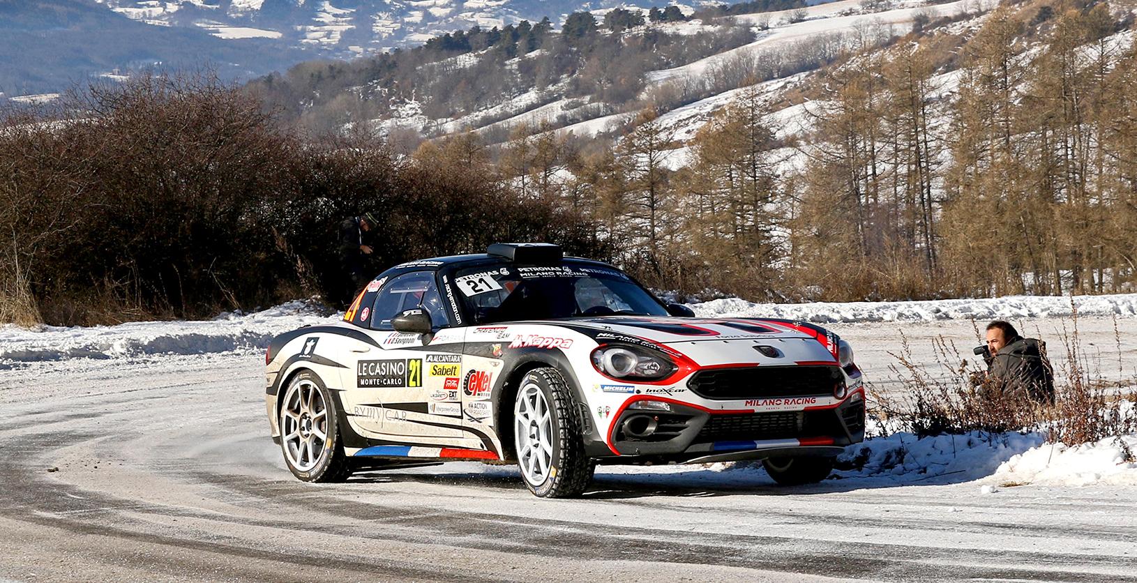 L'Abarth 124 rally sur la neige
