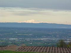 panorama domaine saint sorlin avec mont blanc