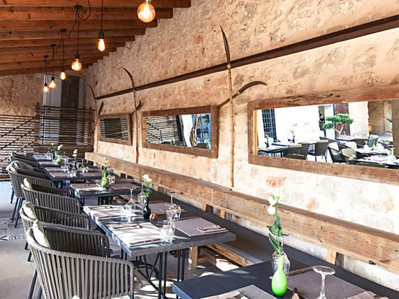 East 26 Restaurant innen