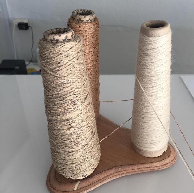 Wollnester und Konenhalter