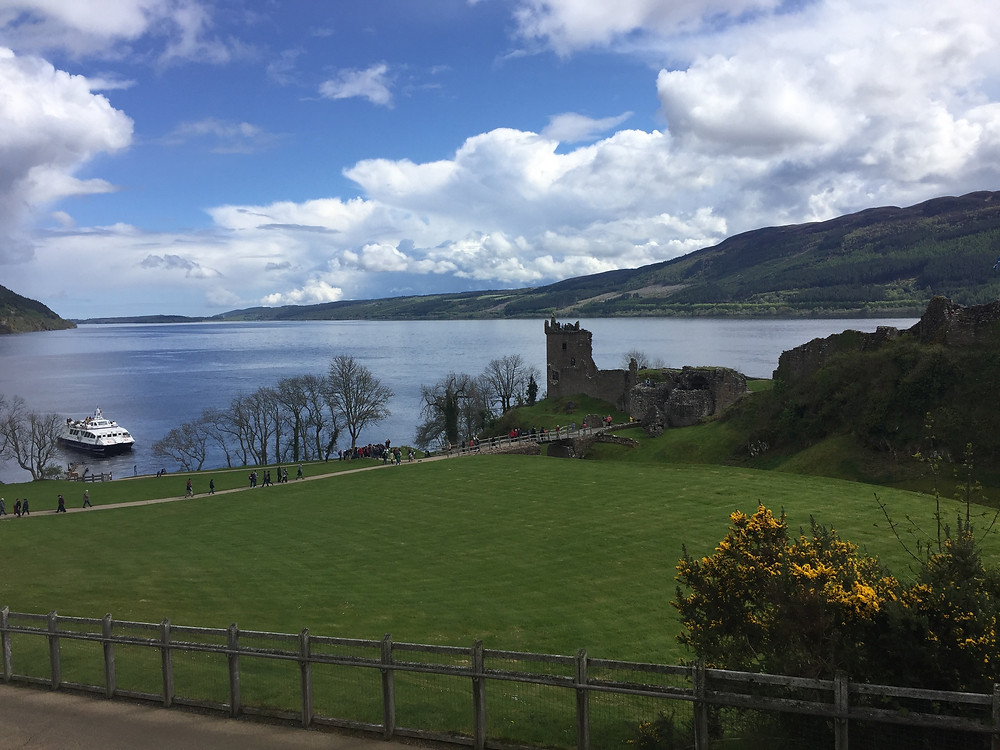 Urquhart Castle - Private Tours of Scotland