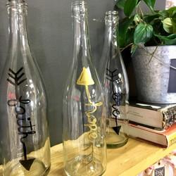 """""""Faith Hope Love"""" Wine Bottle Clear"""