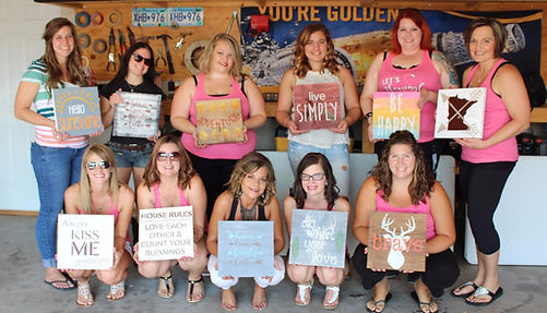 things to do alexandria MN, paint and sip, alexandria MN, Artbar39, Art Bar 39, Events in Alexandria MN, paint party, bachelorette party ideas, Central MN, Minnesota, church events, Art Classes, Activities, Girls Night, family reunions