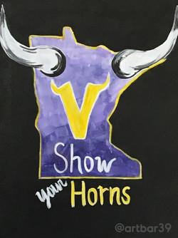 Minnesota Vikings Show Your Horns