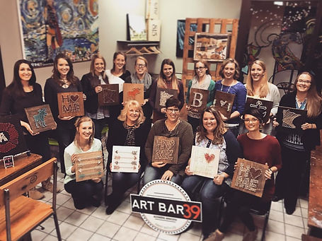 Art Bar 39 Paint and Sip Parties, painting party, quote art, pallet art, great river art, art, painting flower wreath, chalk paint, little falls mn, things to do in little fall mn, area events, string art, rustic art, travelling artists, stencil art, wine and paint, best, company in MN