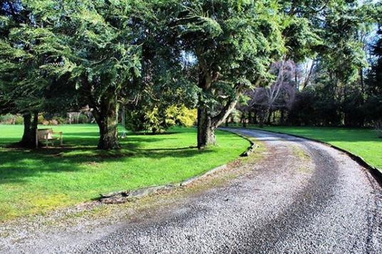 parque acceso casa molino