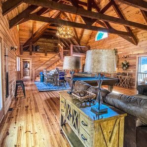 Twin River Lodge living room