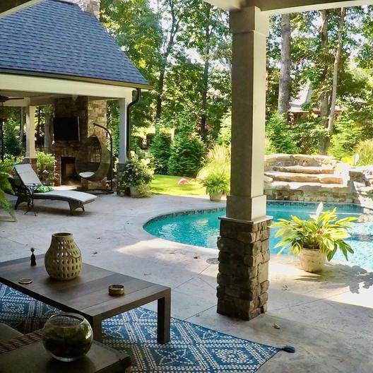 Craftsman House back yard