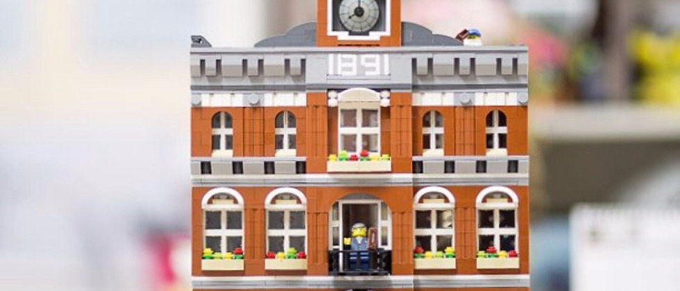 LEPIN 15003 The TOWN HALL LEGO 10224