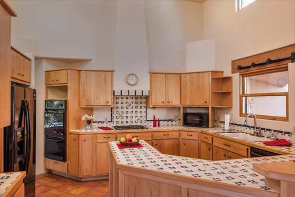 Kitchen - Vaulted Ceiling