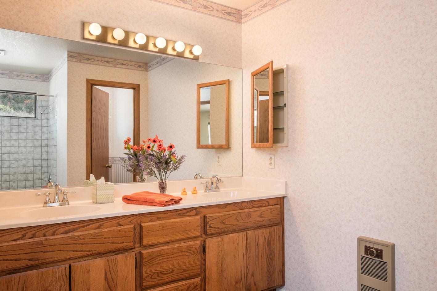 Master Bath, 2 sink vanity