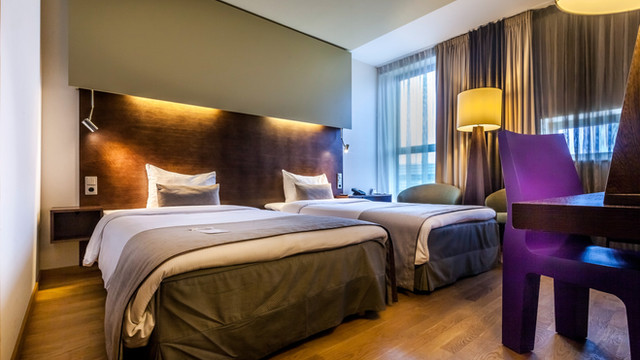 Our superior rooms offer every guest a spacious and relaxing surrounding. The Dutch Design touches are visible in the entire room.