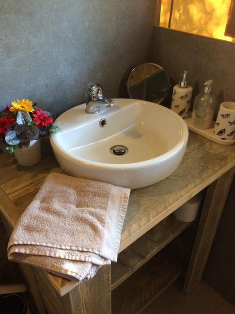 Shower room Safari Lodge