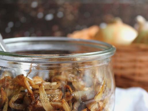 Aagje maakt: Gekaramelliseerde uien