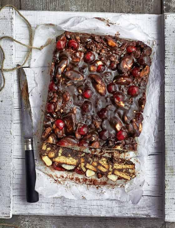 Chocolate-Biscuit-Cake-560_0054f5a75d329c0142e6708a41ac6f63.jpg
