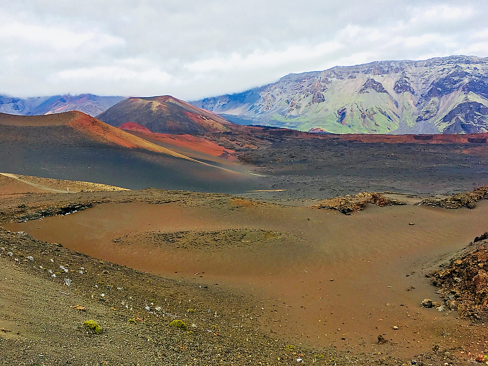Hiking into the Haleakala Crater