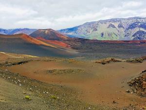 Hiking into the Haleakala Crater