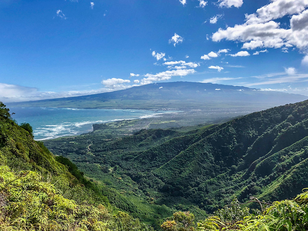 Waihee Ridge trail with panoramic views