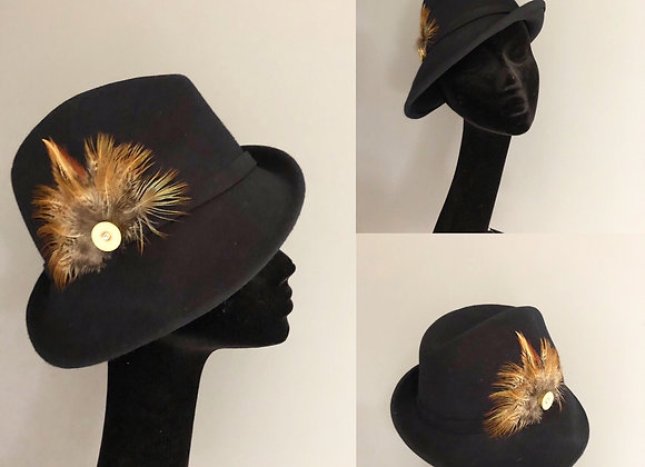 Black side sweeping trilby