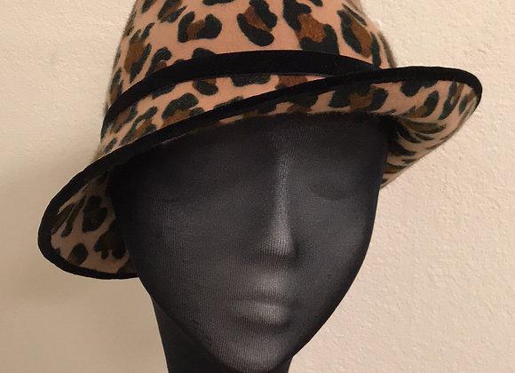 wedding hats, racing hats, cheltenham hat, ladies day hat, hats to hire, womens hat, fascinators, animal print