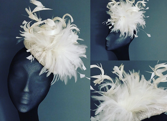 Cream feather cocktail hat - HAT HIRE