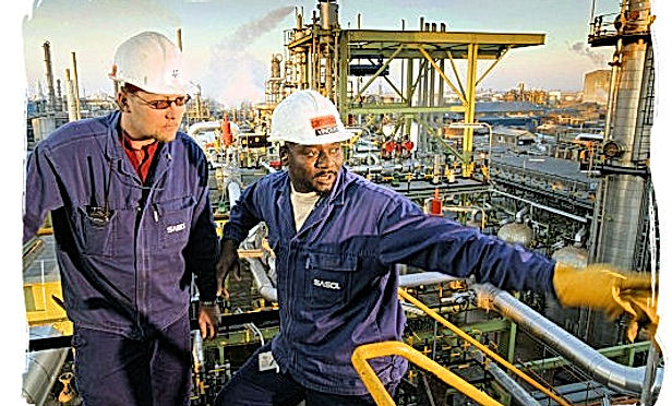 workers-at-sasol-a-jobsinsouthafrica (1)