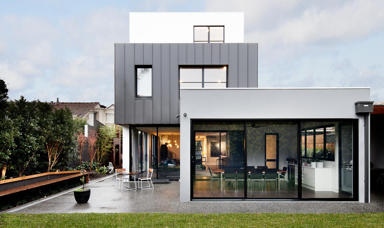 TOORAK HOUSE